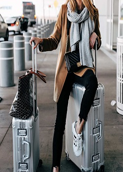 Travel Outfits First Time Traveler? Things You Should Know In 2021_Image Source Google