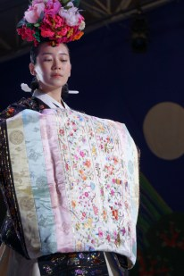 Kim Young-seok Hanbok 1