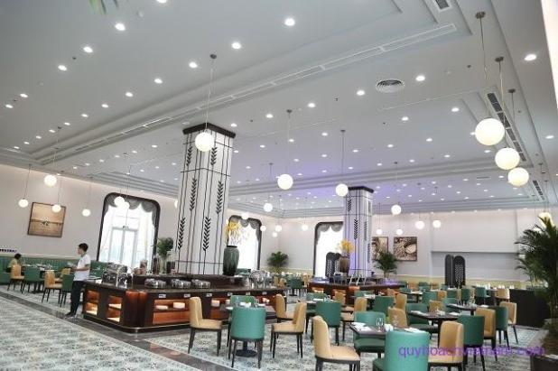 Đèn trang trí hiện đại dành cho khu vực nhà hàng tại khách sạn Nam Cường - Nam Định