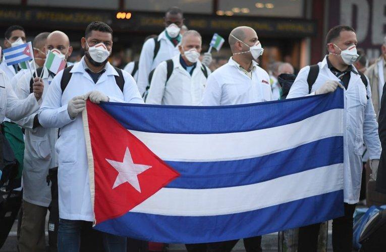 """CNN: """"Estados Unidos exhorta a otros países a rechazar brigadas de médicos cubanos contra el coronavirus"""""""