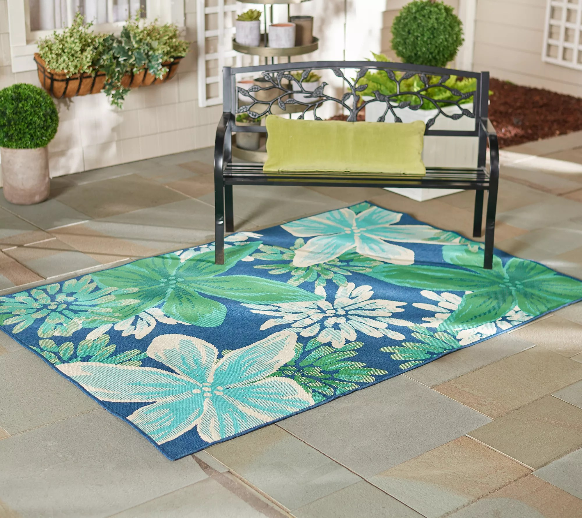 tommy bahama 5 1 x 7 whimsical floral indoor outdoor rug qvc com