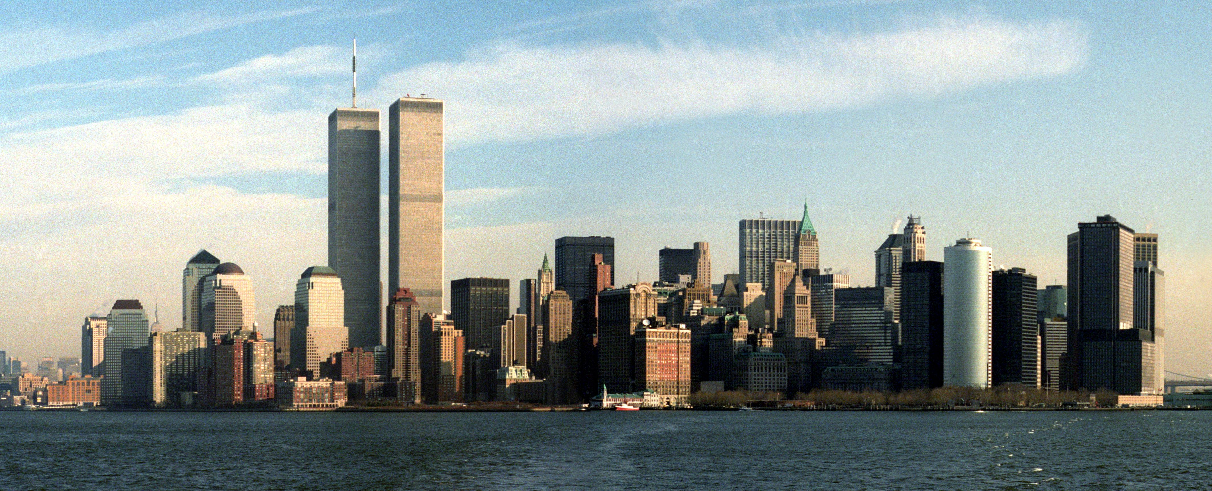 New York Skyline Before 9 11