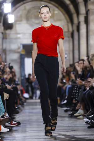 Atlein Spring 2018 Paris Fashion Week Show