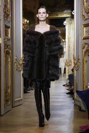 J.Mendel Couture Fall Winter 2016 Fashion Show in Paris