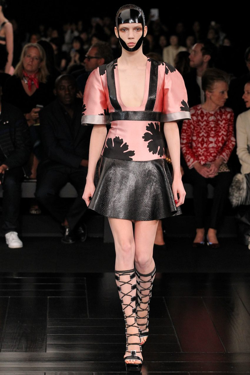 Alexander McQueen Spring 2015 Paris Fashion Show