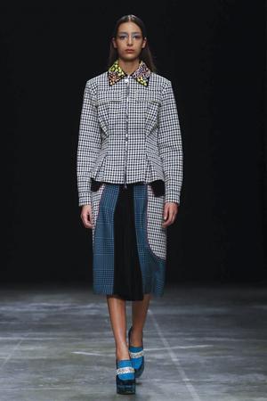Mary Katrantzou Fall 2017 London Fashion Week Show