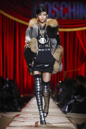 Moschino Fall 2017 Milan Fashion Week Show