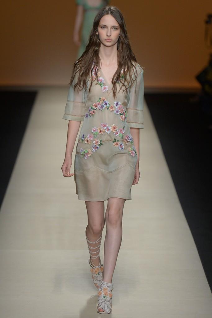 Alberta Ferretti Spring 2015 Milan Fashion Show