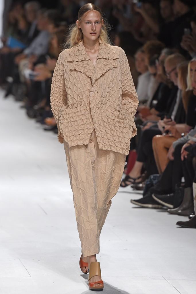 Issey Miyake Spring 2015 Paris Fashion Show