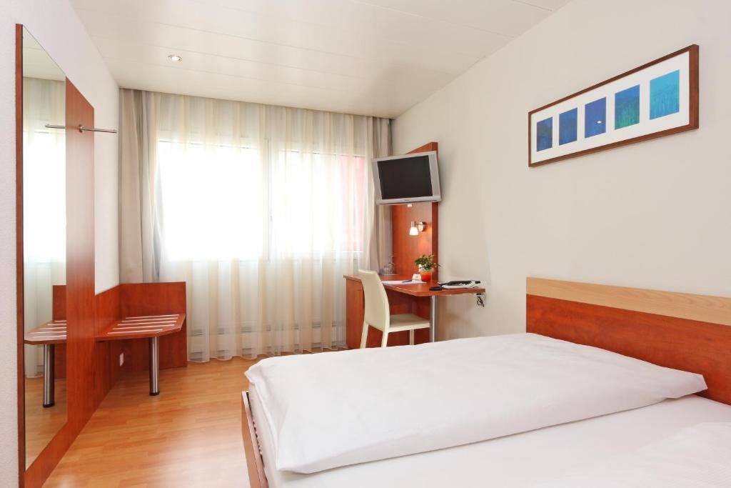 Hotel Aarauerhof Switzerland Booking Com