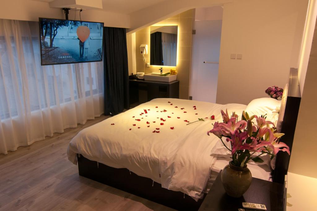 Pure Comfort Inn Dali China Booking Com