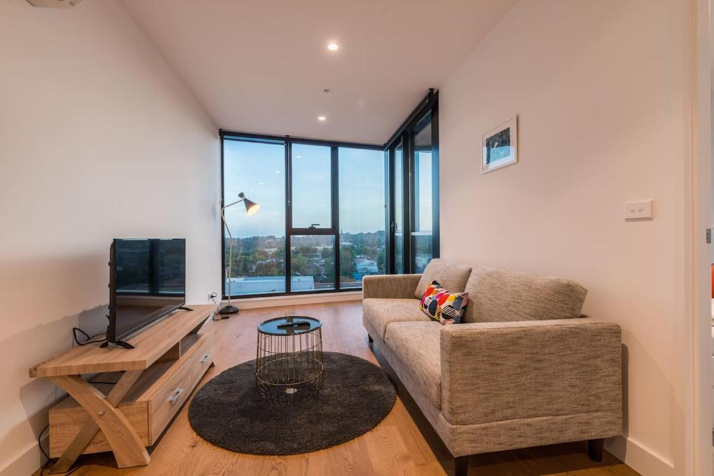 Whitehorse Tower Deluxe 1 Bedroom With View Box Hill