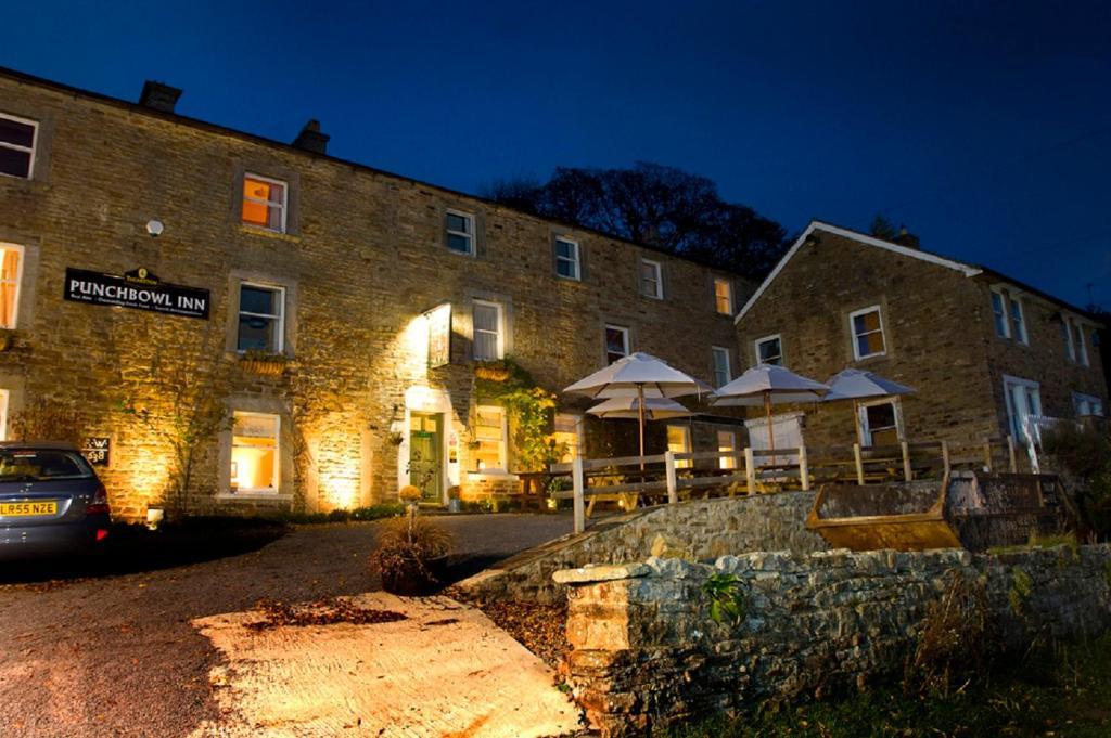 The Punch Bowl Inn Feetham Uk Booking Com