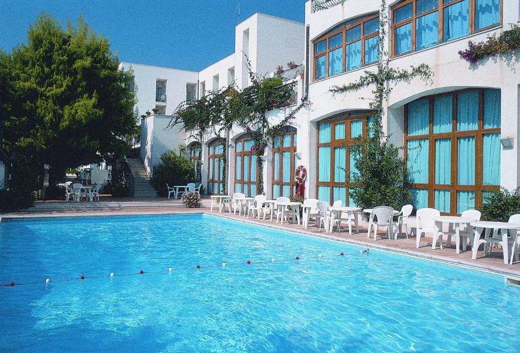 Hotel Degli Aranci Vieste Italy Booking Com