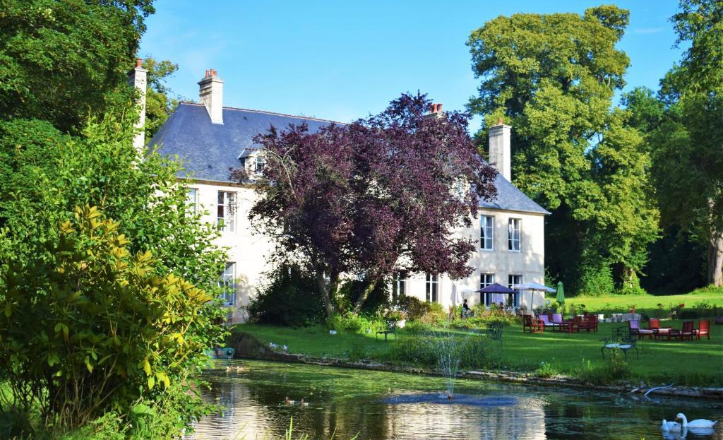 Hotel Chateau De Bellefontaine Bayeux France Booking Com