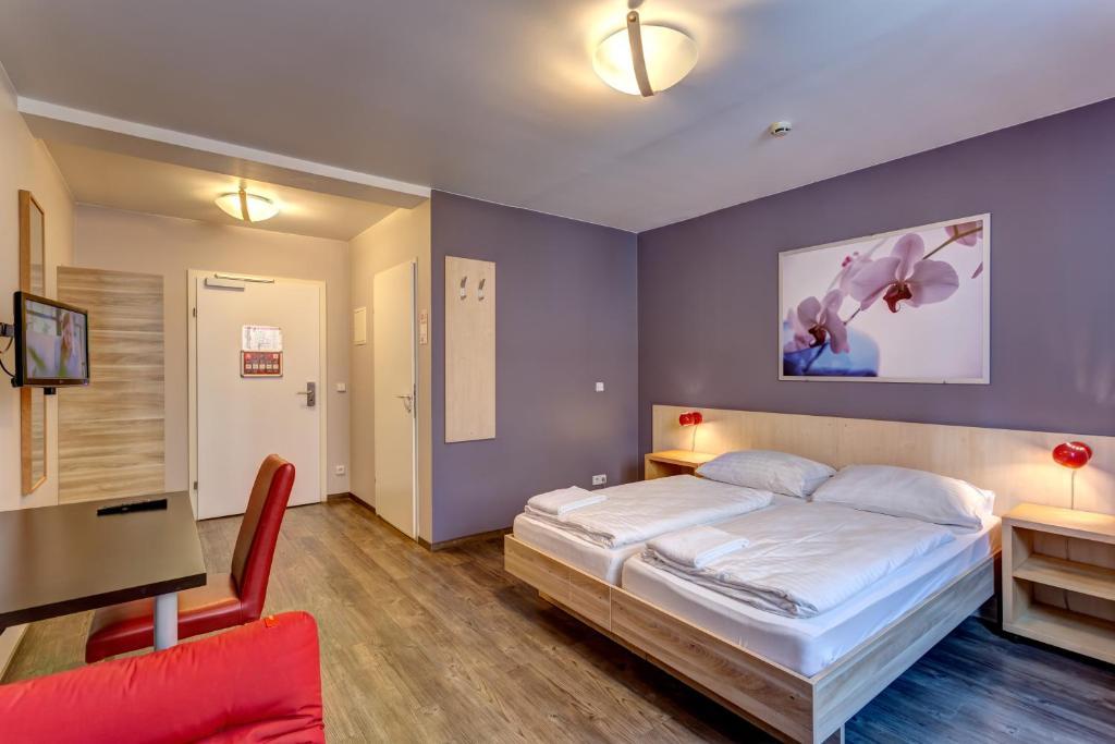 Meininger City Hotel Wien Vienna Austria Booking Com