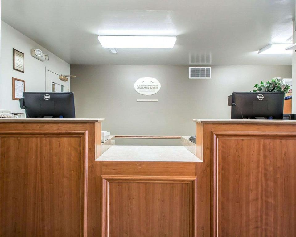 Hotel Suburban Extended Stay Columbia Mo Booking Com