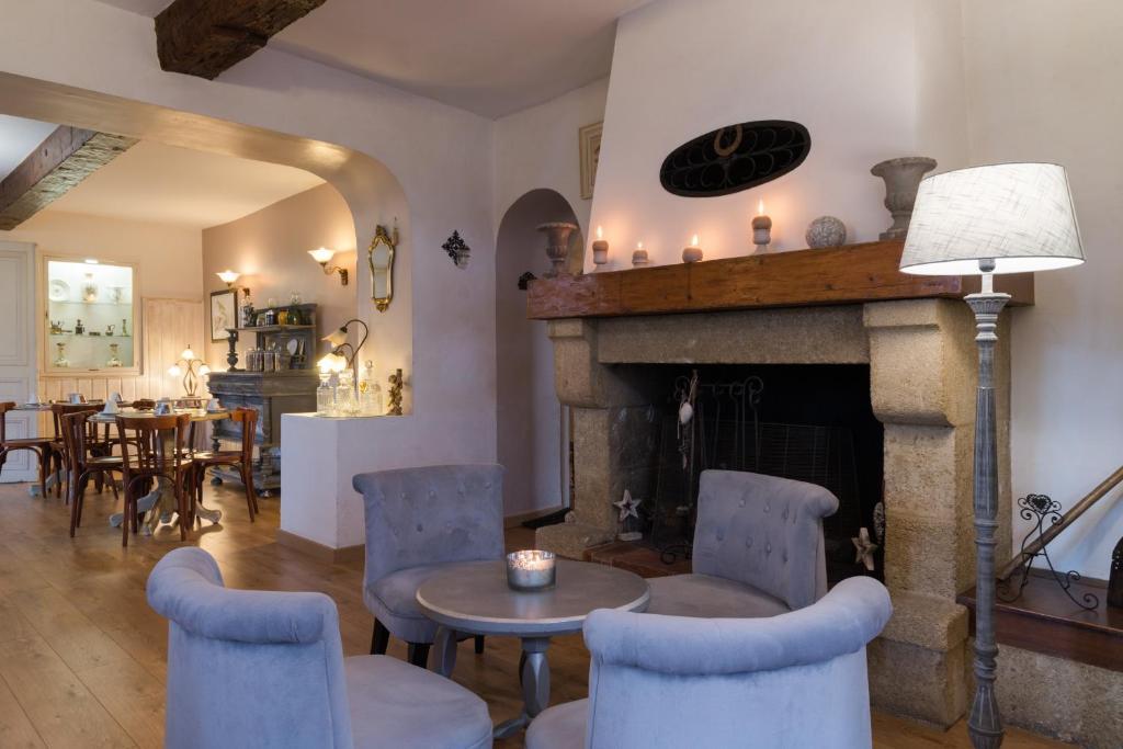Hotel Du Parc Avignon Est Entraigues Sur La Sorgue France