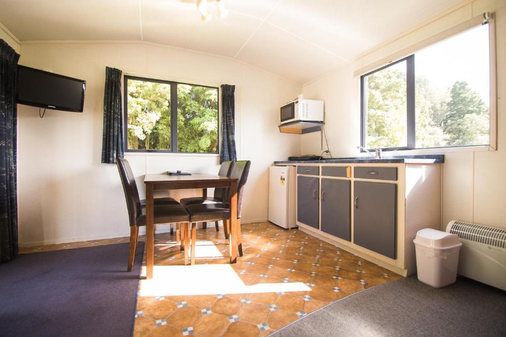 Stratford Kiwi Motels Holiday Park Stratford Updated