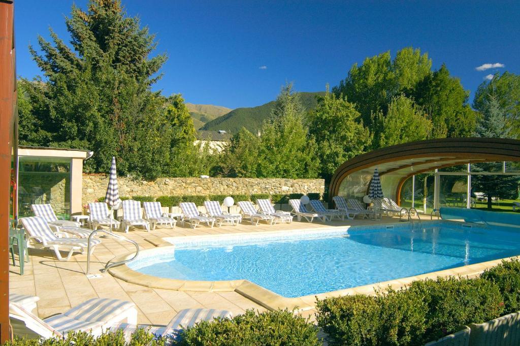 Hotel Restaurant Planes Saillagouse France Booking Com