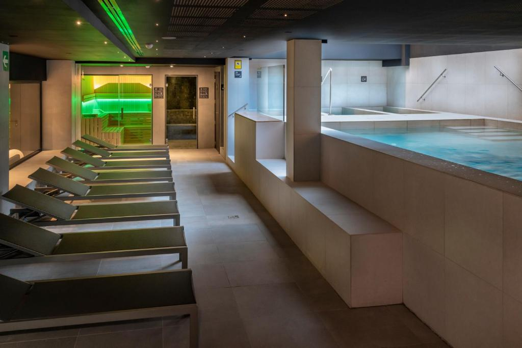 Hotel Caprici Santa Susanna Spain Booking Com