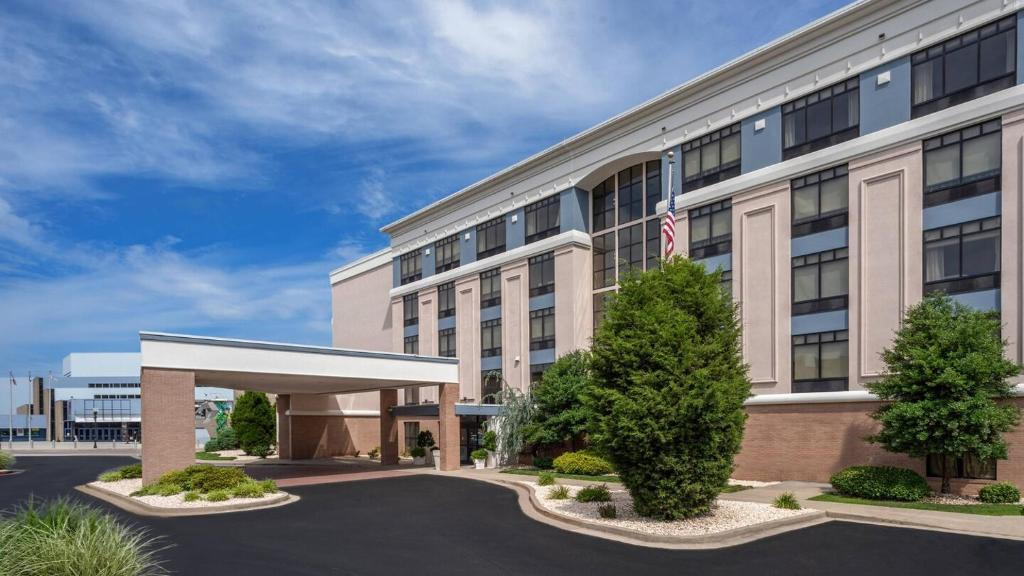 Delta Hotels Huntington Downtown Wv Booking Com