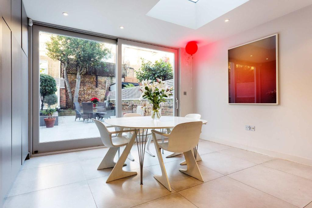 Holiday Home Veeve The Greenside House London Uk