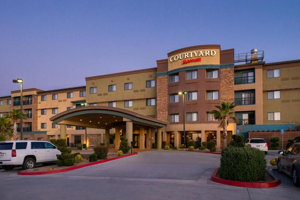 Hotel Courtyard By Marriott Victorville Hesperia Ca