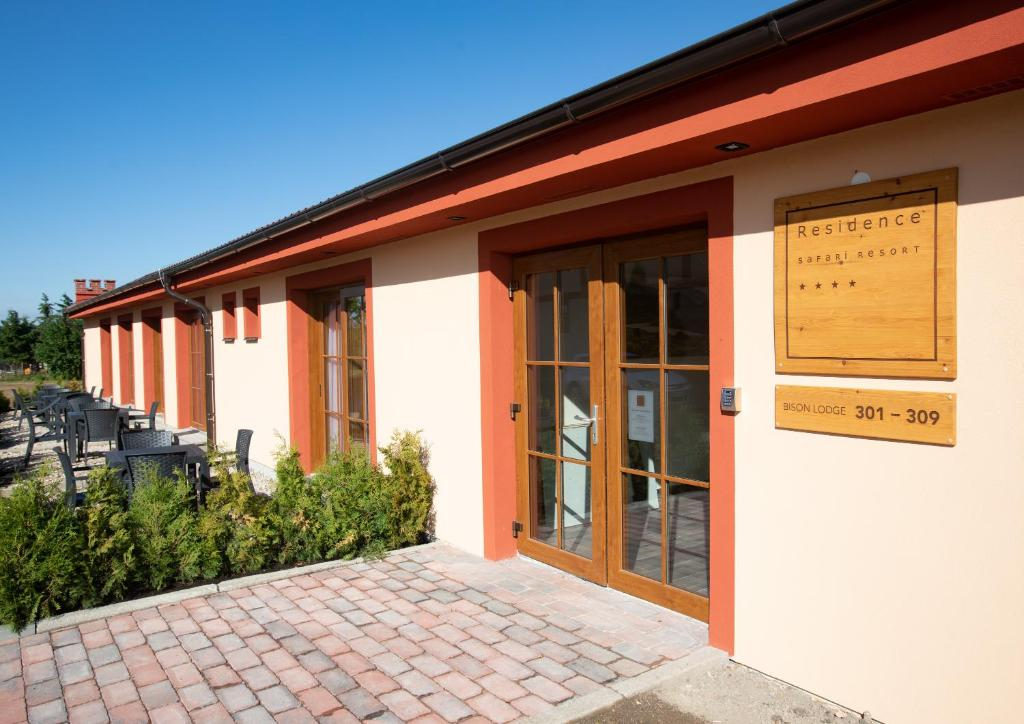 Residence Safari Resort Bison Lodge Borovany Czech