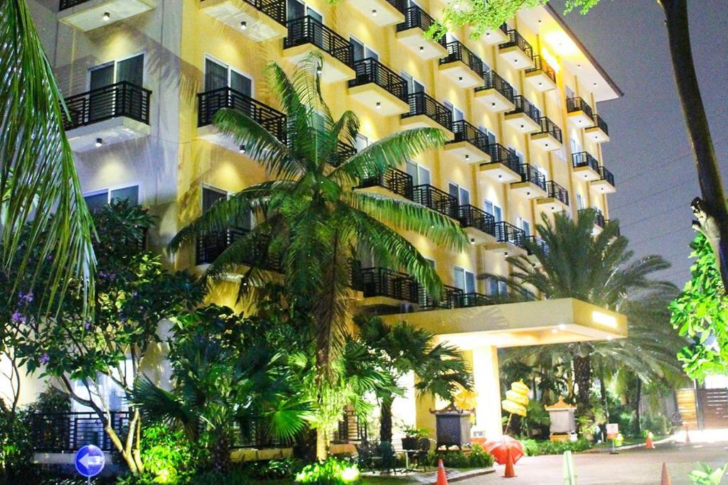 Hotel Narita Classic Tangerang Indonesia Booking Com