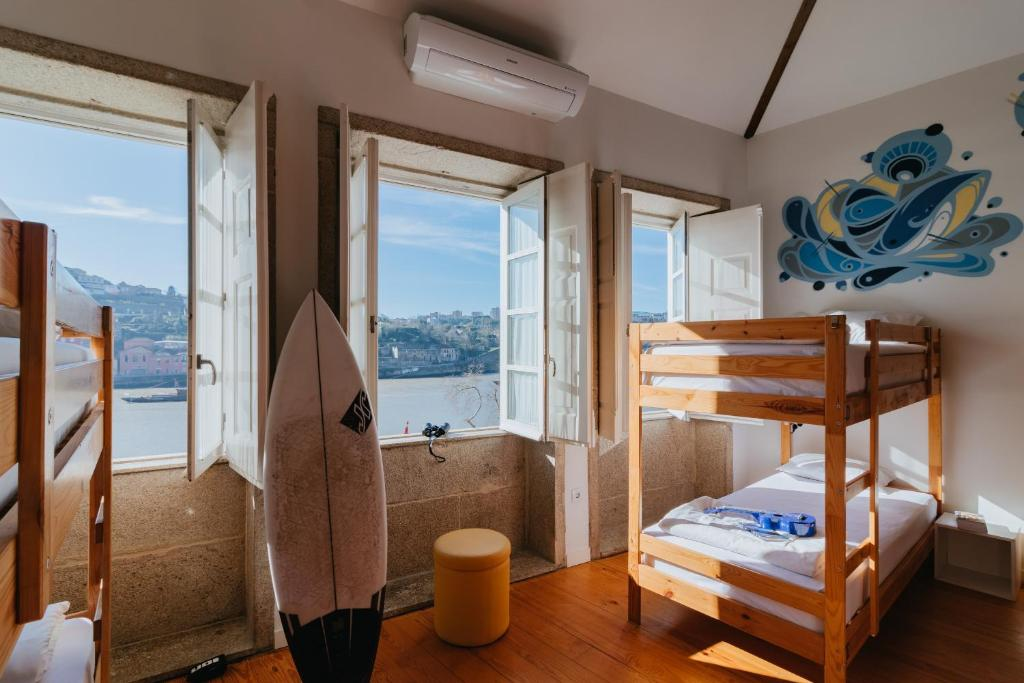 Happy Porto Hostel Apartments Portugal Booking Com