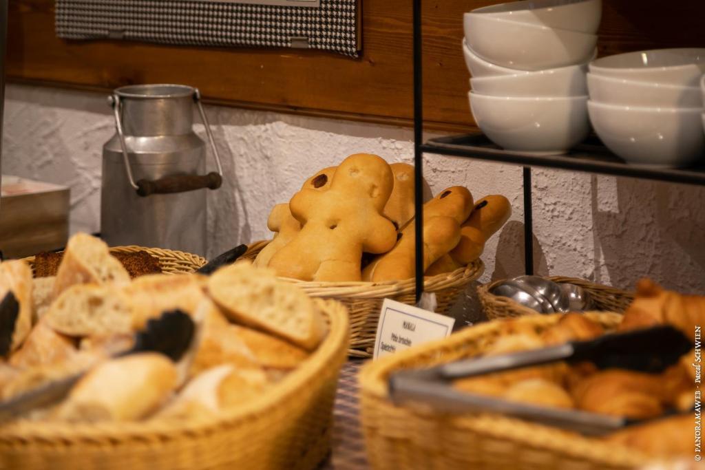 Hotel Le Saint Nicolas Riquewihr France Booking Com