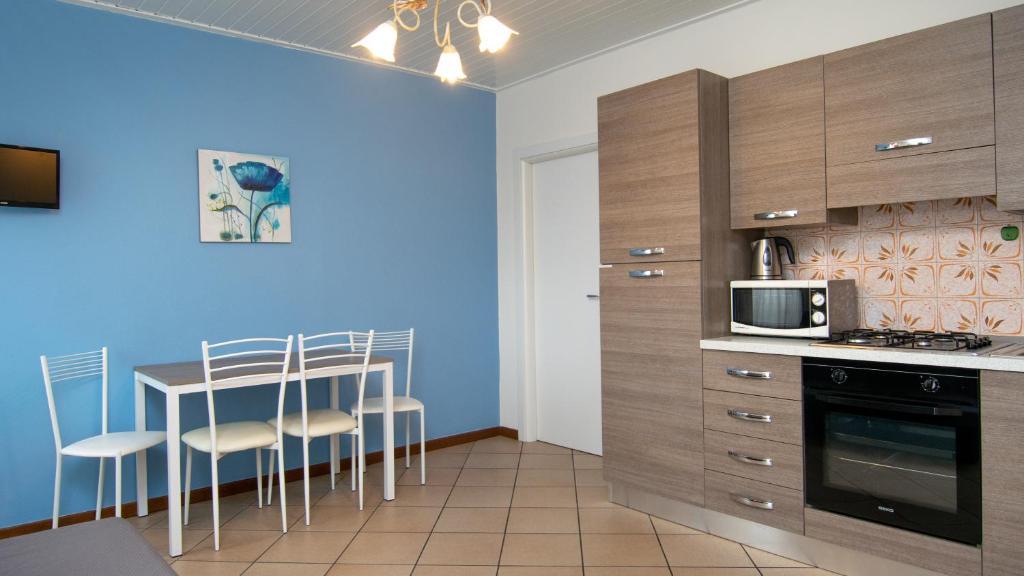 Acqua Verde Appartamenti Peschiera Del Garda Italy