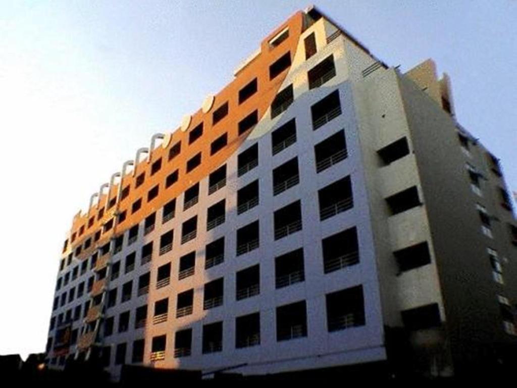 Condo Hotel Mansion Sarasinee Bangkok Thailand Booking Com
