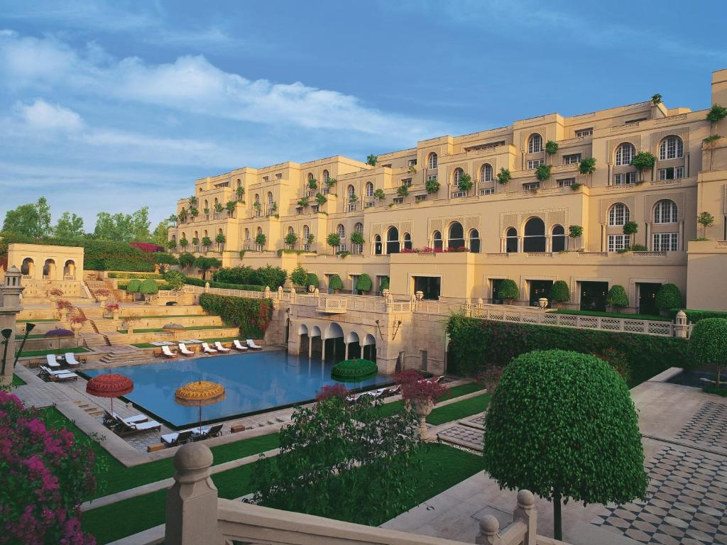 The Oberoi Amarvilas Agra India Booking Com