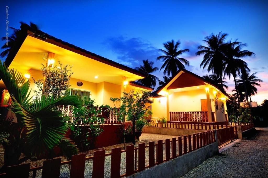 Chalet Garden Home Seaview Bang Saphan Thailand Booking Com
