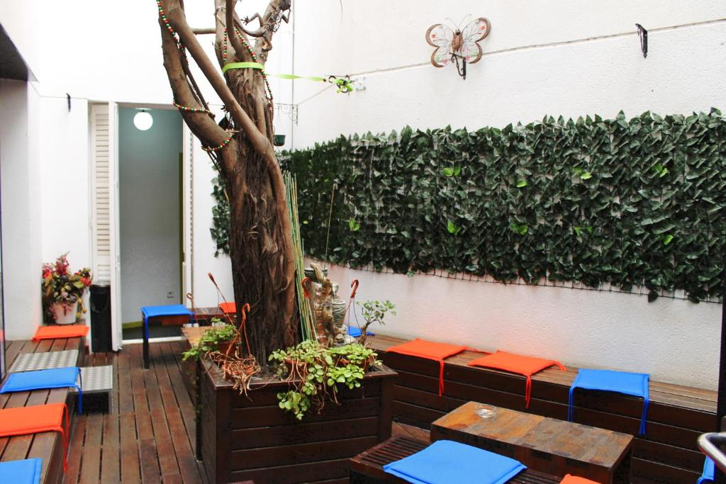 Guesthouse Raval Rooms Barcelona Spain Booking Com