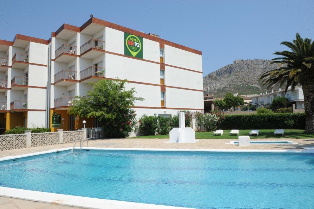 Hotel Gr92 Torroella De Montgri Spain Booking Com