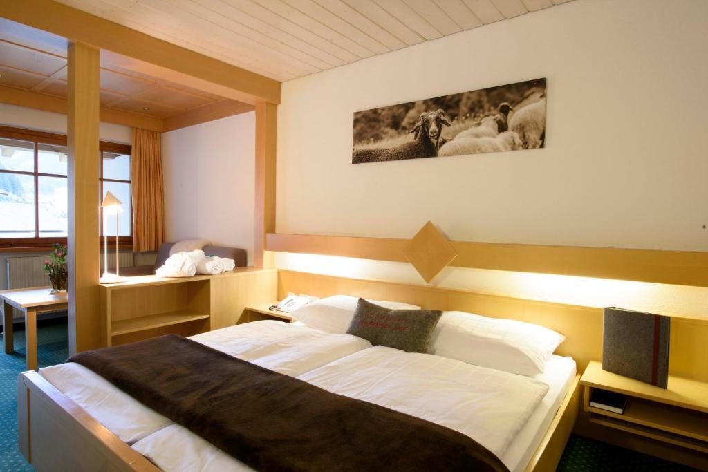 Hotel Sonnblick Gaschurn Austria Booking Com
