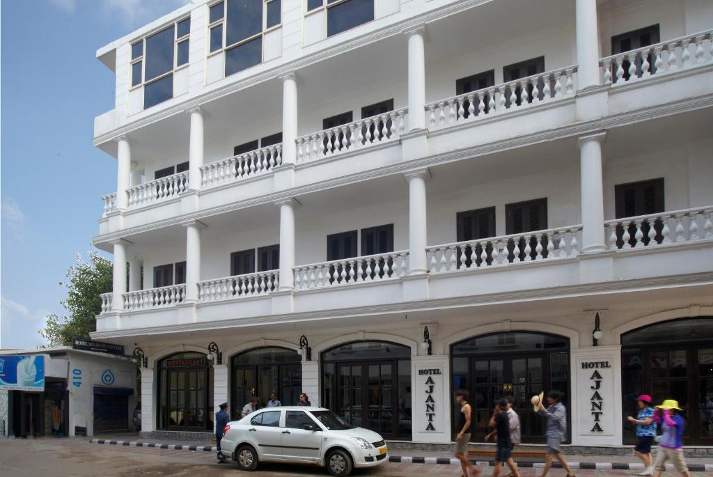 Hotel Ajanta New Delhi India Booking Com