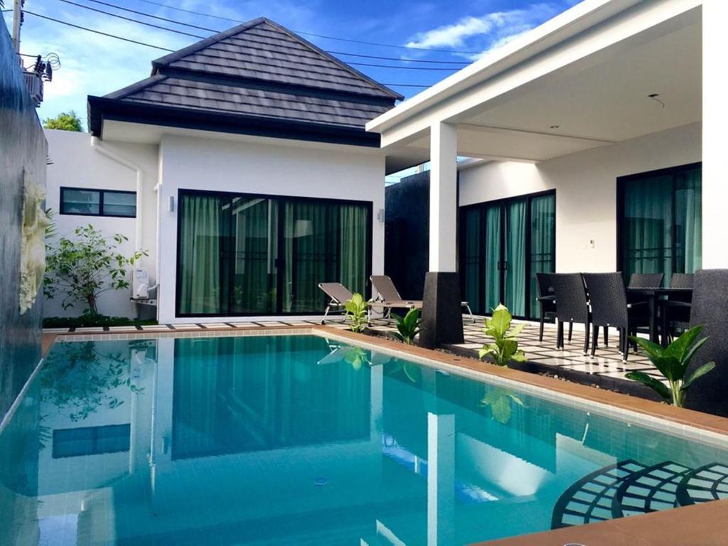 Clos Vougeot Villa By Jetta Rawai Beach Thailand Booking Com