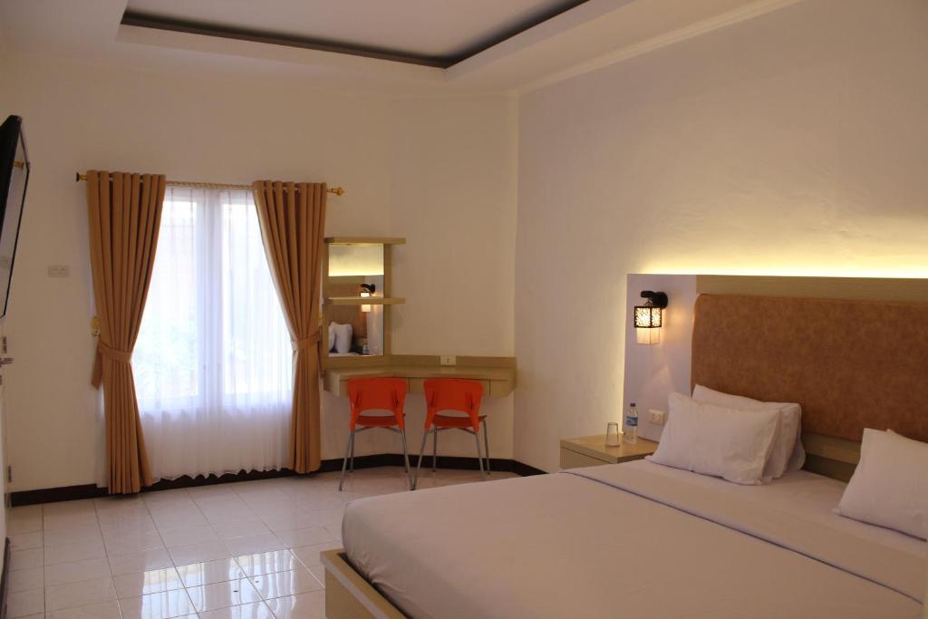 Pesona Bay Hotel Sungailiat Booking Com