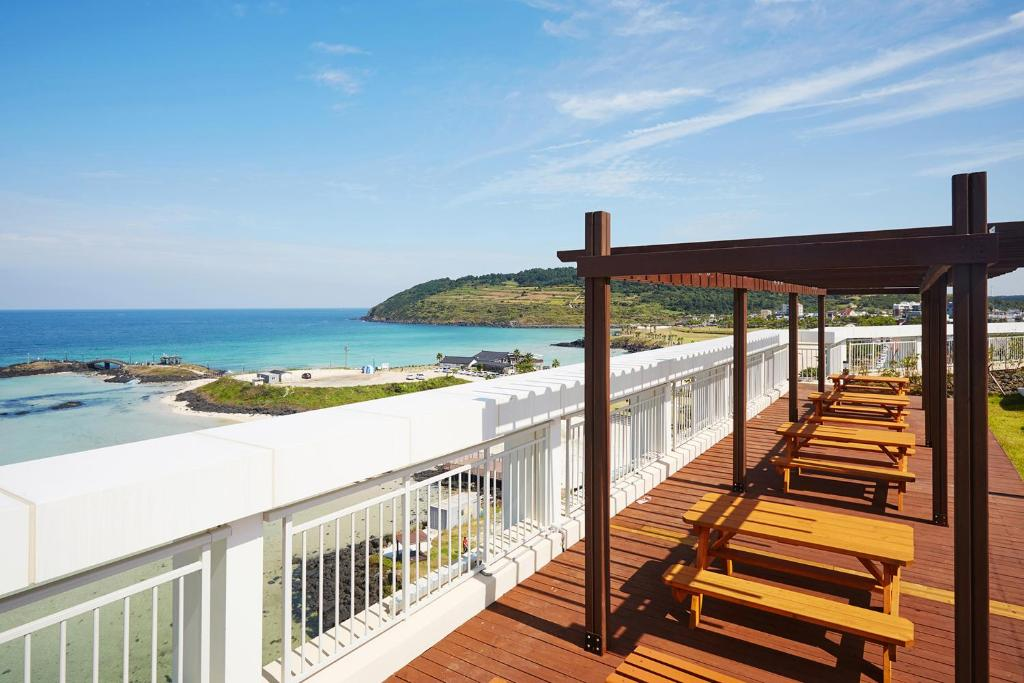 The Artstay Jeju Hamdeok Hotel South Korea Booking Com