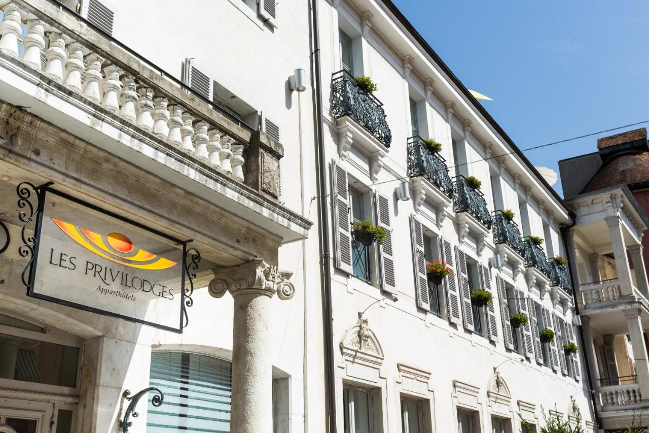 Privilodges Royal Appart Annecy France Booking Com