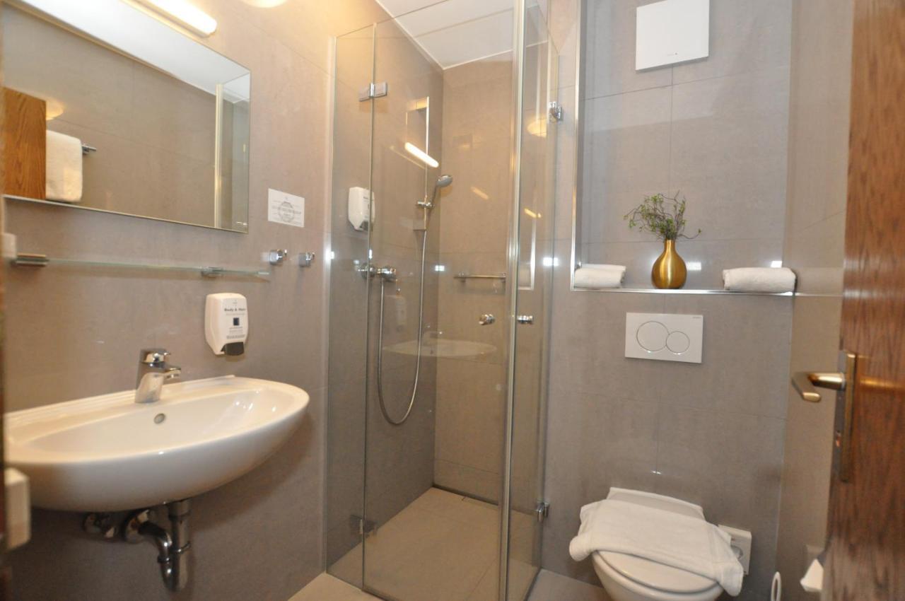 Hotel Perlach Allee By Blattl Munich Germany Booking Com