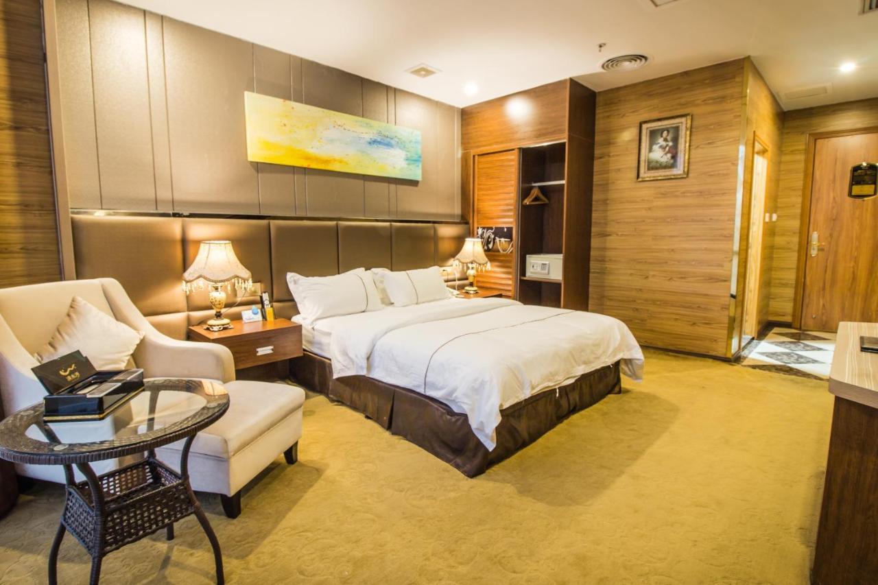 Water Bay Hotel Longgang China Booking Com