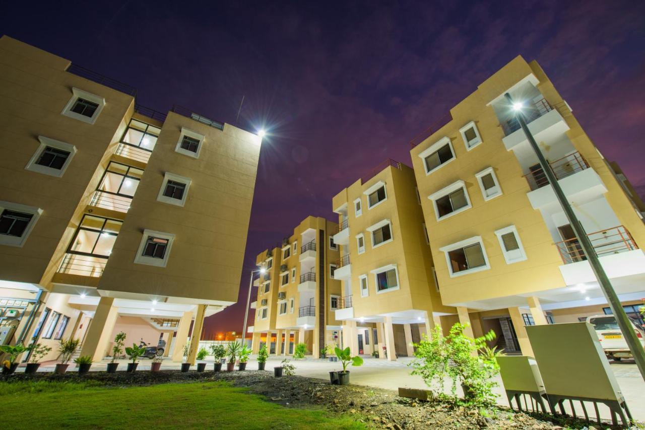 Budget Inn Service Apartments Tiger Plaza Vengni India