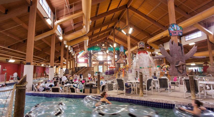 Glacier Canyon Resort Wisconsin Dells WI