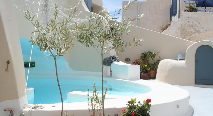 Afbeeldingsresultaat voor Lotza's Studios Santorini