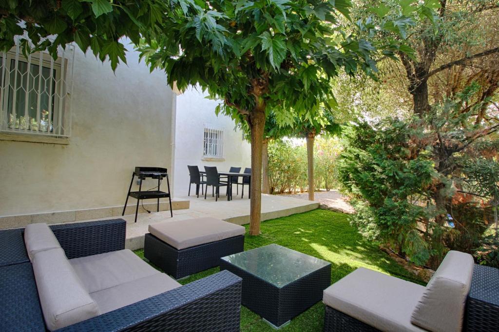 Appartement rez de jardin Barbicaja Ajaccio  Cp nht Gi nm 2019